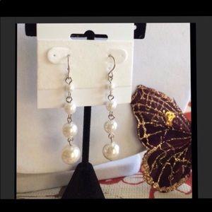 """NWOT Premier Designs """"Ladyfair"""" pearl earrings"""